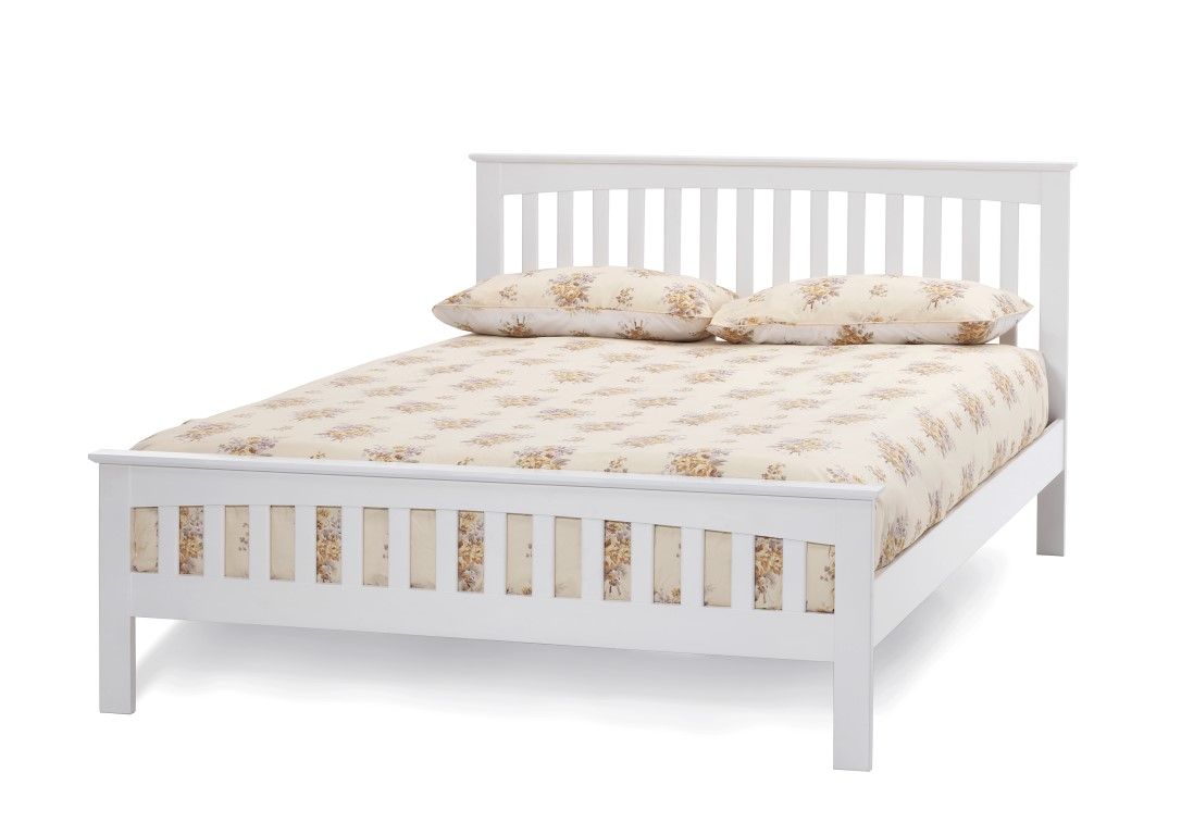 4ft small double Leah white finish wood frame bedstead